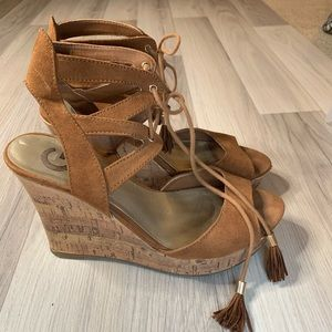 G by Guess Estes Wedge Lace Up Sandal Cork Brown